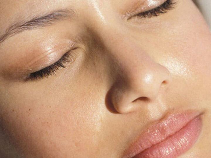 Средства по уходу за жирной кожей лица