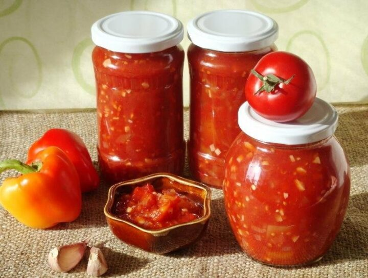 zakuska-na-zimu-iz-pertsa-i-pomidor
