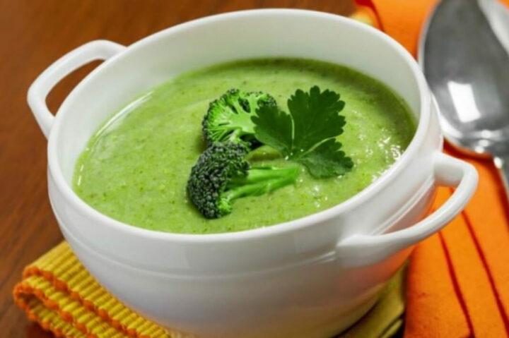 sup-brokkoli-so-slivkami.jpg